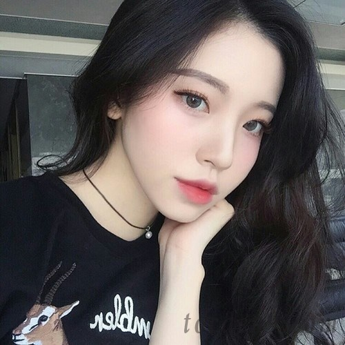 Top 10 beautiful bangs summer 2020 suitable for round faces with high forehead